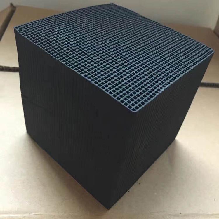 媒质柱状废气处理木质活性炭 防水型活性炭 厂家直销蜂窝状活性炭